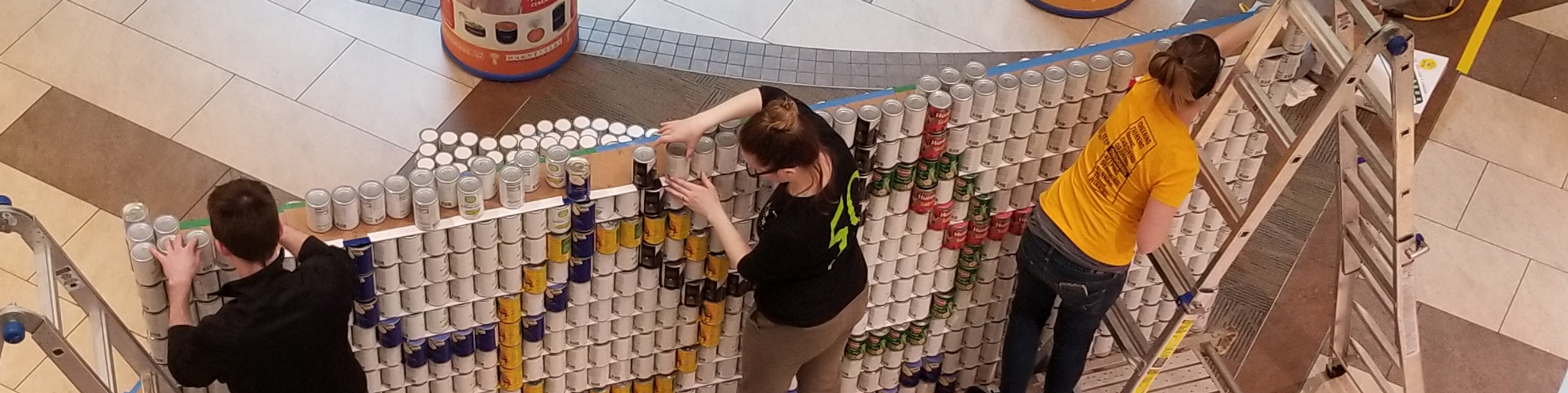 "More than 5,000 cans later, ""Shreddin' Hunger"" canstructure wins 'Best Use of Labels'."